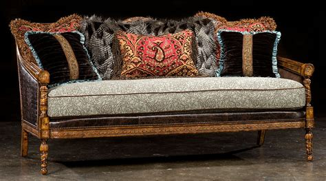 1 Victorian sofa, great colors, high quality, lost look