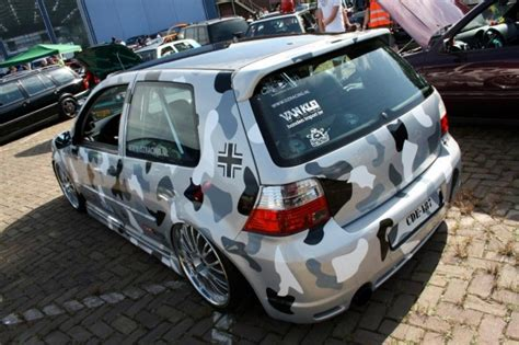 VW Golf Mk4 in camouflage paint | VW Golf Tuning