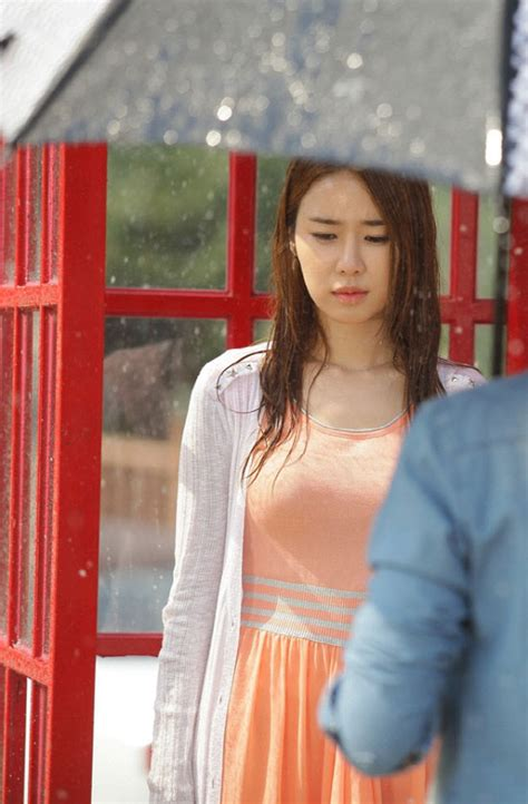 [NEWS] Wet Yoo In Na adds luster and sexiness to beauty