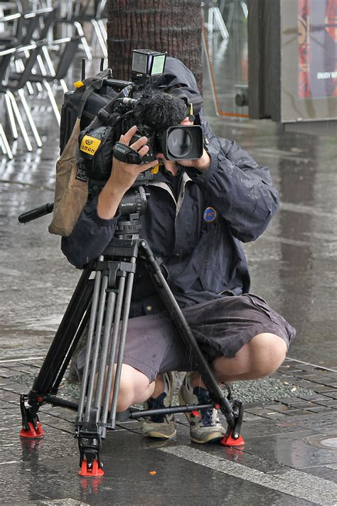 File:Ch10 Cameraman filming Vic Lorusso, Sydney, NSW