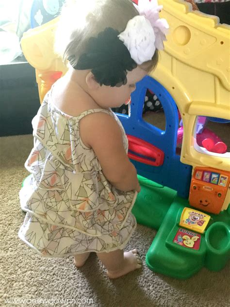 Don't Let a Saggy Diaper Slow Baby Down - Keep Her Moving